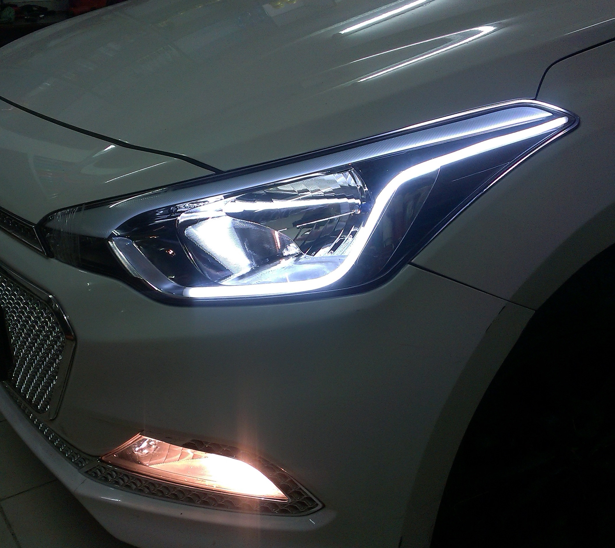 Hyundai I20 Elite Custom Headlights DRL